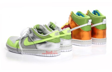 nike-dunk-premium-womens-dunks-1
